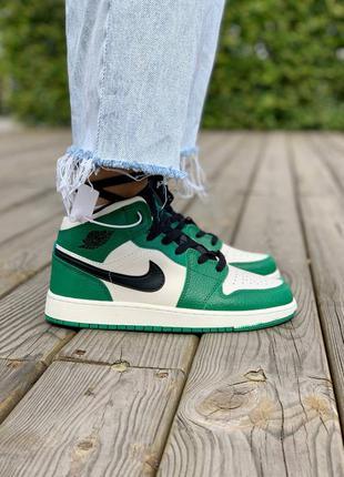 Nike air jordan 1 retro mid 'pine green' кроссовки высокие женские зеленого цвета10 фото