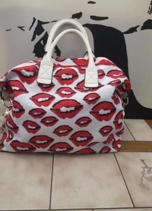 Идеальная крутая сумка. италия.