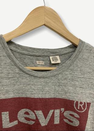 Женская футболка levi's майка levis оригинал серая4 фото