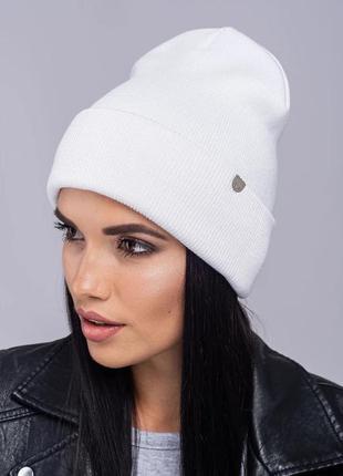 Зимняя женская вязаная модельная шапка наоми цвет белый