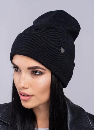 Зимняя женская вязаная модельная шапка наоми цвет черный1 фото