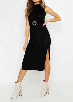 Платье в рубчик с пояском на талии1 фото