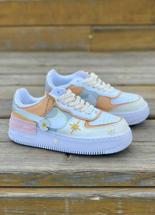 Nike air force shadow spruce aura 'stickers' женские кроссовки найк с цветочками тренд жіночі стильні кросівки з квіточками бренд