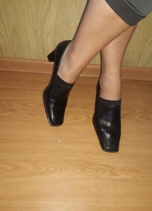 Натуральная кожа/удобные закрытые туфли