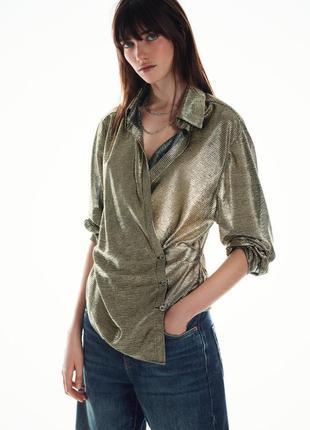 Стильная блуза zara блуза на запах с металлик эффектом