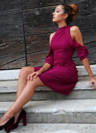 Очень красивое нарядное платье с воланами на корпоратив новый год