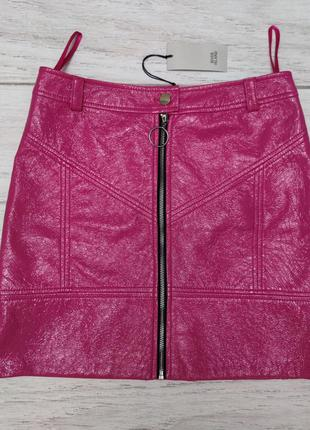 Эффектная юбка ярко розового цвета лак river island