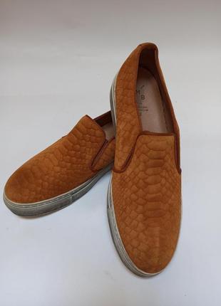 Слипоны женские.брендовая обувь stock