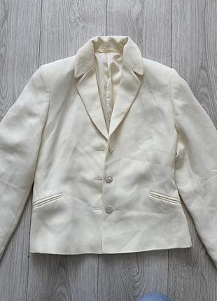 Молочный пиджак жакет на подкладке