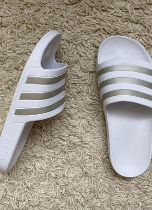 Adidas тапки