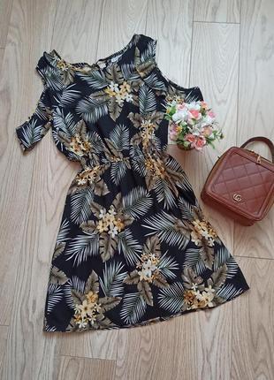 Летнее платье в цветы, рукава воланы, р.l