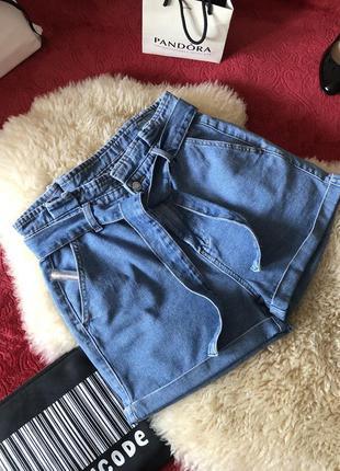 Нереально крутые джинсовые шорты с высокой посадкой на поясе...🌹🔥💋