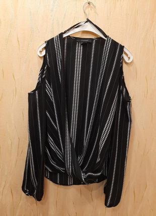 Шикарная блуза с необычным кроем👍👍👍