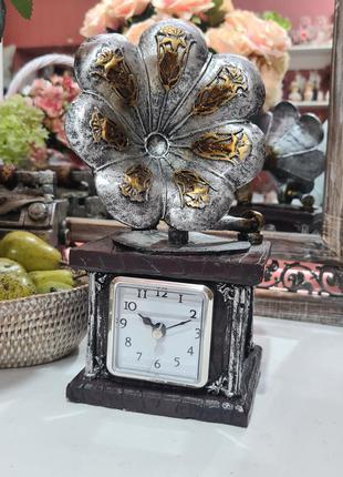 Сувенир часы грамофон винтаж