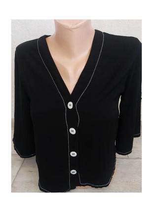 Актуальная блуза, рубашка, сорочка, на пуговицах, стильная, чёрная, белые швы, трендовая