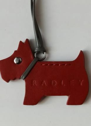 Фирменный брелок собачка scotti  для сумки radley