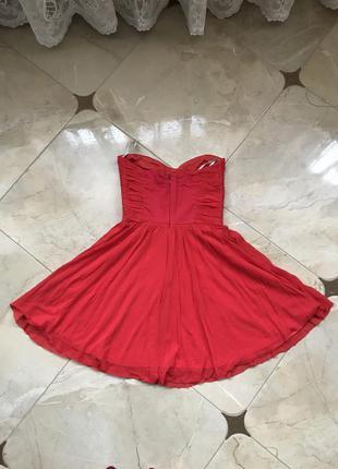 Червона,коротка сукня!