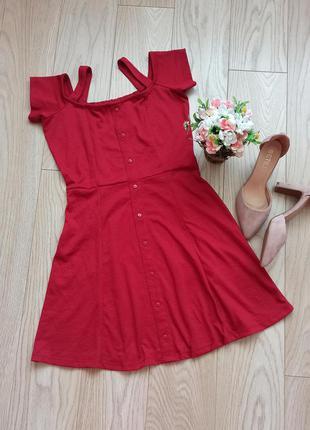 Вишневое короткое платье с пуговицами, s