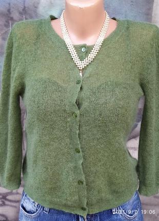 Фисташковые нежный свитер мягкий