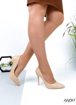 Лаковые женские туфли лодочки на шпильке