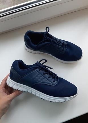 Кроссовки для бегаcrane