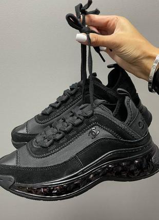 Женские чёрные кроссовки демисезонные