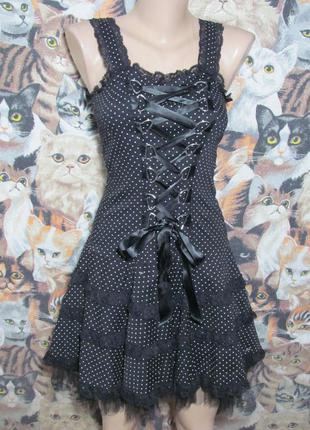 Черное платье в горошек в пин-ап стиле с шнуровкой и корсетом, готический винтаж стиль goth