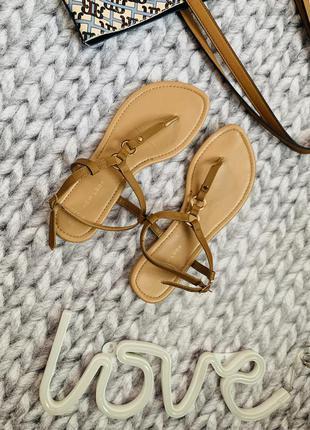 Босоніжки босоножки сандалі сандали
