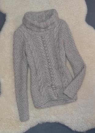 Красивый тепленький свитерок с горлышком