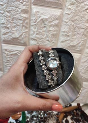Часы и браслет cosmopolitan кварц в кристалах