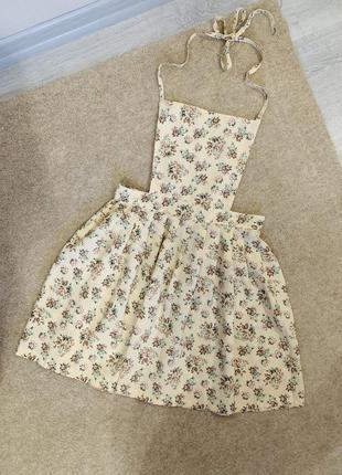 Нежное платье фартук с цветами 🌷