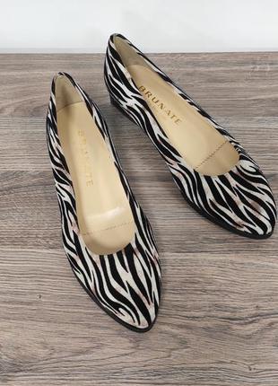 Шикарнейшие итальянские кожаные туфельки brunate