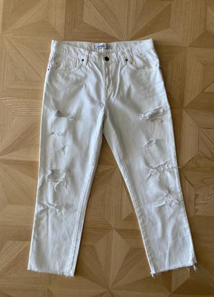 Базовые белые рваные джинсы zara basic zara denim