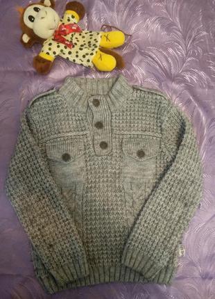 Красивый свитерок на 8-9 лет
