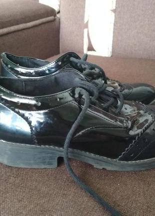 Оксфорды туфли кеды 33,34 размер лоферы броги