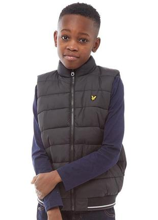 Черный жилет  жилетка для мальчиков lyle and scott junior