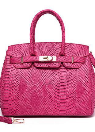 Женская кожаная малиновая сумка под крокодила