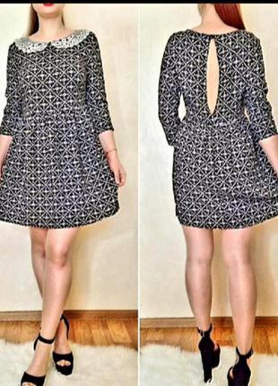 Красивое платье из натуральной ткани вискоза с кружевным  воротничком и открытой спинкой.  george