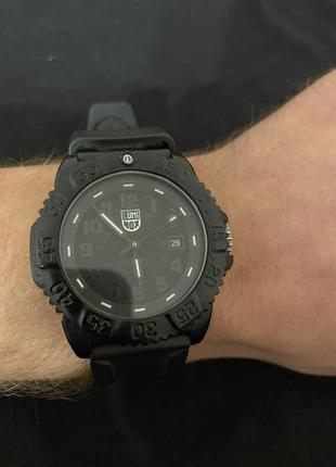 Универсальные мужские часы