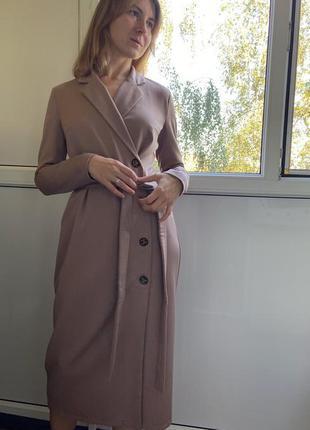 Потрясающее платье- пиджак