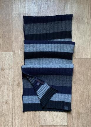 Тёплый шерстяной шарф trussardi