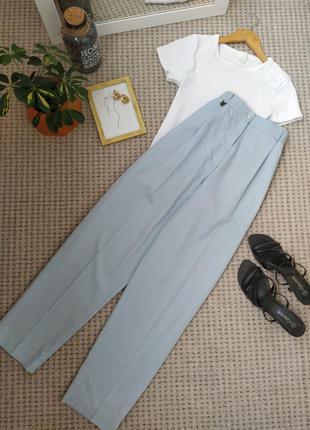 Стильные голубые брюки бананы высокая посадка lyle & scott