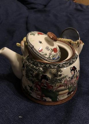 Керамический чайник новый