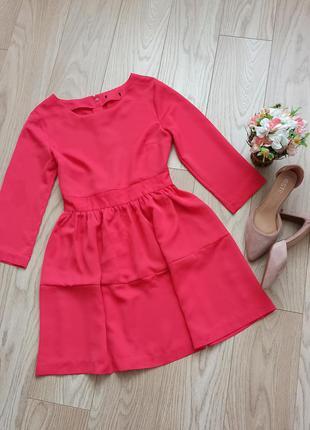 Красивое розовое платье с пышной юбкой, р.s