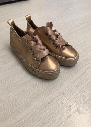 Кеды , кроссовки , обувь