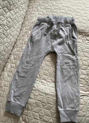 Спортивные брюки 5-6лет