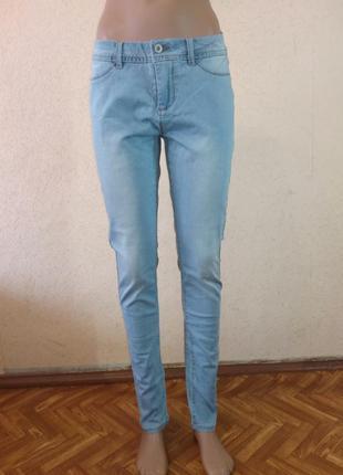 Голубі джинси денім oodji