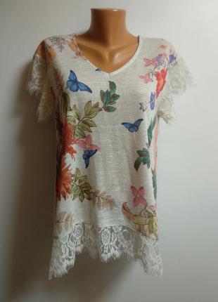 Красивая футболка в принт с кружевом реснички размера m-l