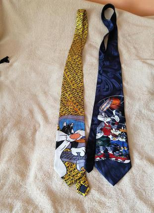 Два шелковых галстука с диснеевскими персонажами