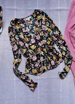 Блуза в квітковий принт рубашка в цветочный принт